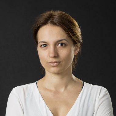 Portret przedstawiający aktorkę gościnną Teatru Polskiego w Poznaniu, Sylwię Zajkowską