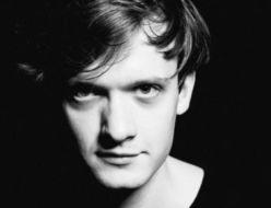 Portret młodego mężczyzny - aktora Teatru Polskiego, Michała Sikorskiego